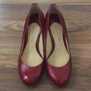 Gianni Bini Textured Deep Red Pumps